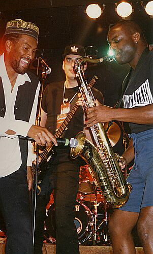 House Of Rhythm with the typical Cutty Williams show with Tony Looby and the microphone inside the saxophone (Jeff Lucas in the background), Palladium Geneva 1996