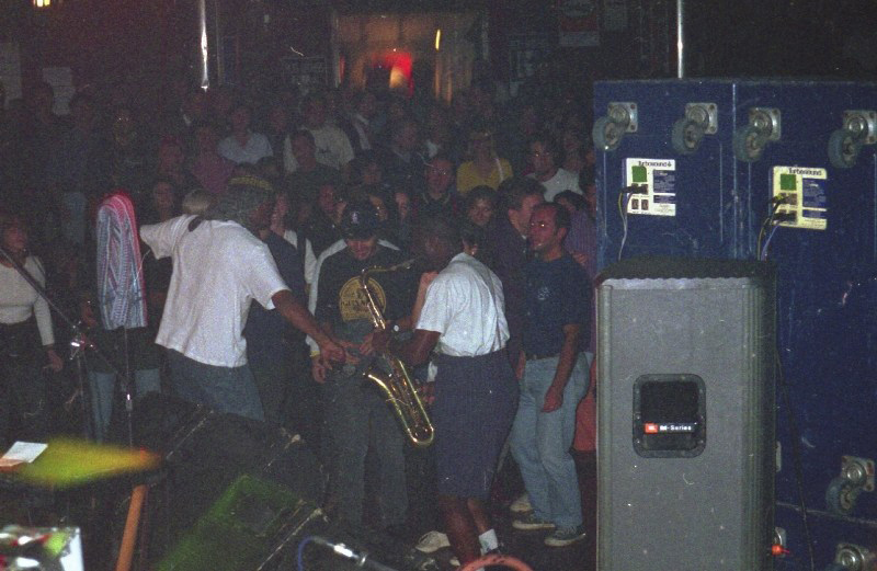 House Of Rhythm, Cutty Williams, Tony Looby, live Barrumba, Torino 1996